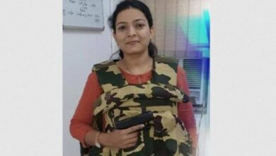 "Delhi Police Woman SI Priyanka Sharma ""Lady Singham"" Wiki Bio First Encounter Team Details & More"