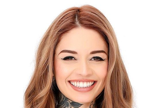 Vanessa Vega Biography